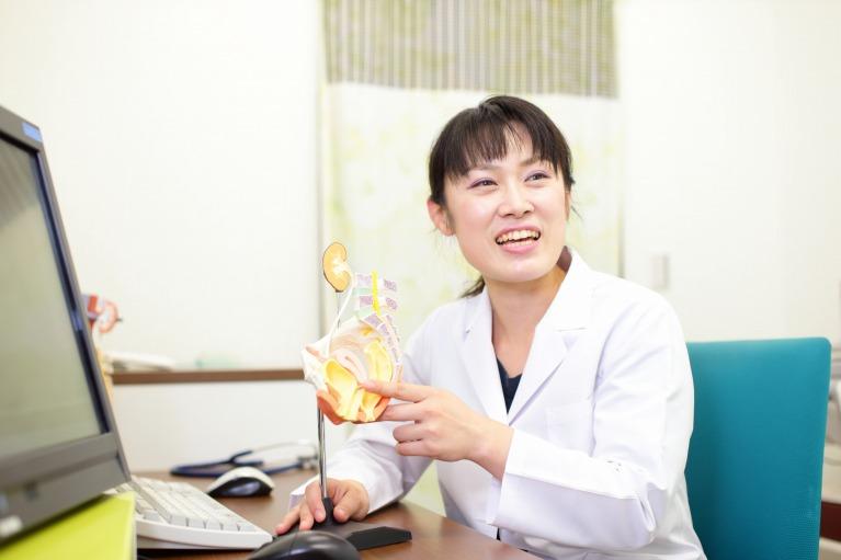 膀胱炎の正確な診断と適切な治療には泌尿器科受診が不可欠です